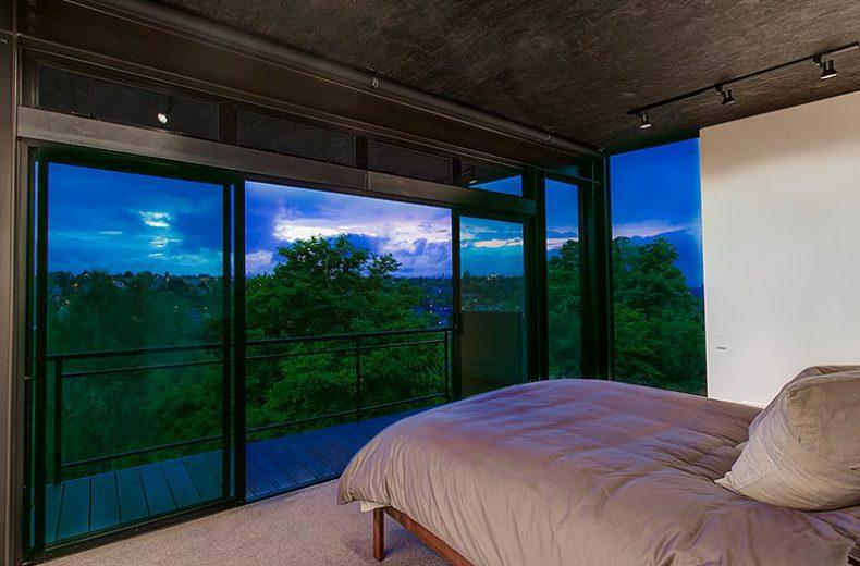 real estate photo Bedroom