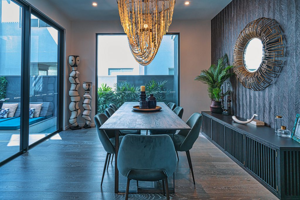 Essential Rules in Virtual Staging